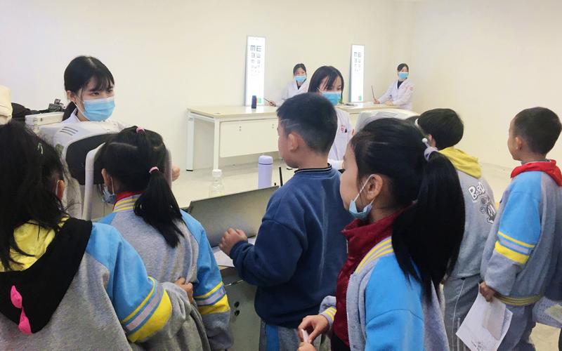 旌阳区推进2021年儿童青少年近视筛查监测工作